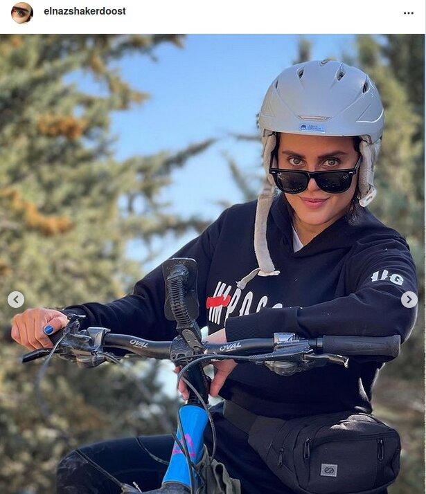 الناز شاکردوست دوچرخه سواری