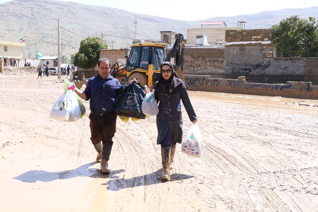 امداد رسانی به مردم منطقه سعدی شیراز