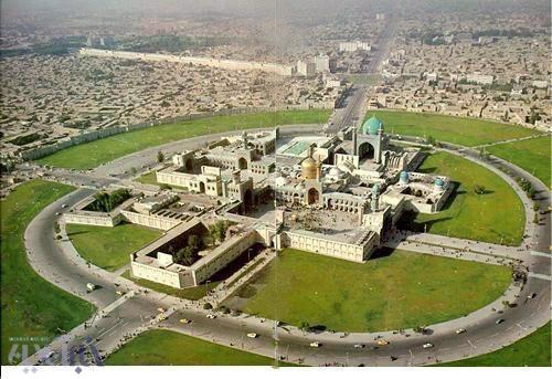 14-9-7-135046عکس استثنایی از حرم امام رضا (ع) در سال۱۳۵۰