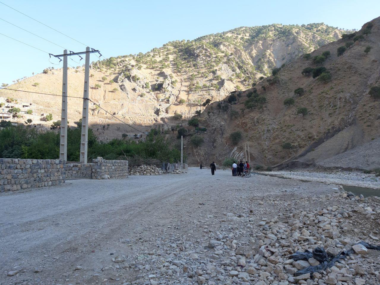 روستای قلعه جی