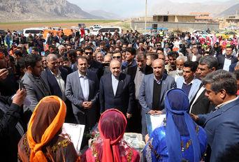 افتتاح پروژه های ورزشی در پاسارگاد و مرودشت با حضور وزیر ورزش و جوانان