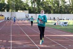 نشان طلای بانوی دونده قزوینی در رقابت های بین المللی مشهد
