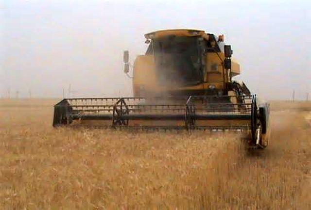 آغاز برداشت محصولات كشت پاییزه در خراسان شمالی/ نیاز مبرم به تامین ماشین آلات مكانیزه