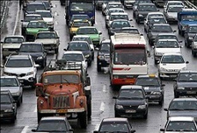 فقدان مدیریت واحد شهری در حل نشدن مشکل ترافیک