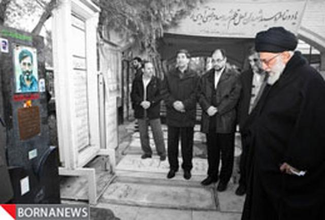 خاطراتی از حضور رهبر فرزانه انقلاب در مراسم تشییع شهید آوینی