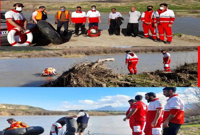 """نجات جان ۲ فرد گرفتار شده در رودخانه """"سیمره"""