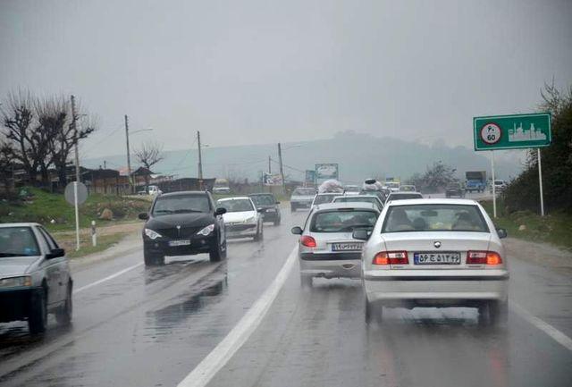 جاده های استان قزوین لغزنده و رودخانه ها خروشان است
