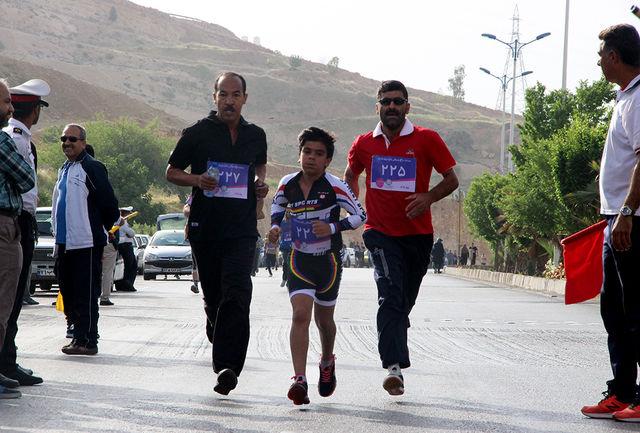 مسابقه دوومیدانی همگانی در شیرازبرگزارشد