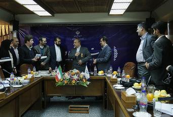 نشست سمن های اردبیل و چهارمحال و بختیاری با وزیر ورزش و جوانان