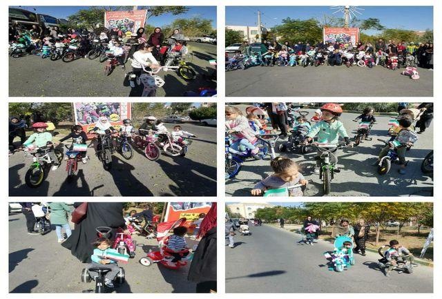 برگزاری مسابقه دوچرخه سواری همگانی ویژه کودکان زیر ۹ سال در شهر پرند