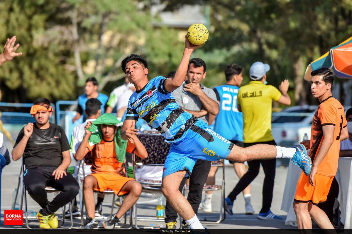 مهاجران قهرمان رقابت های هندبال پنج نفره نوجوانان کشور شد