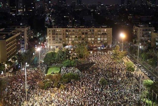 """هزاران معترض در تلآویو علیه قانون """"کشور یهود"""" تظاهرات کردند"""