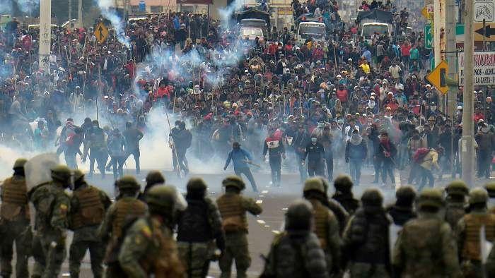 بازداشت بیش از 700 نفر در اکوادور