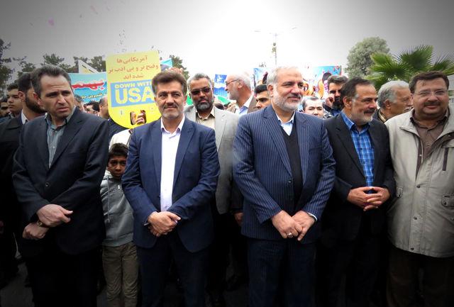 استاندار سیستان و بلوچستان:حضور مردم شیعه و سنی در راهپیمایی 22 بهمن امسال چشمگیر است