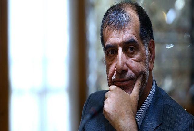 احمدینژاد به دنبال بازگشت به عرصه قدرت است