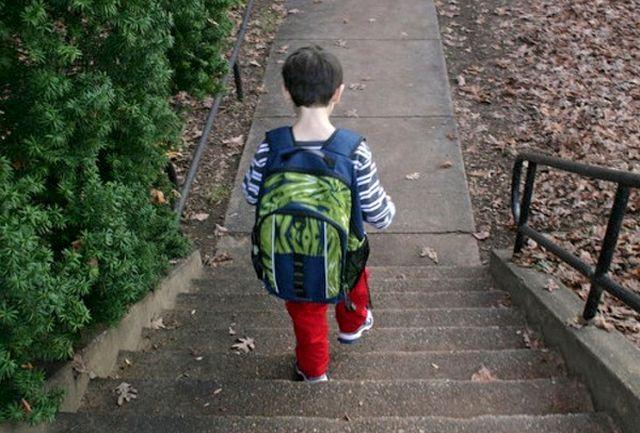 فرار از خانهی پسر 10 ساله به خاطر گوشی موبایل