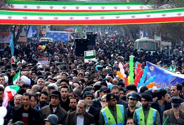 حضور پر شور مردم آذربایجان شرقی در راهپیمایی ۲۲ بهمن