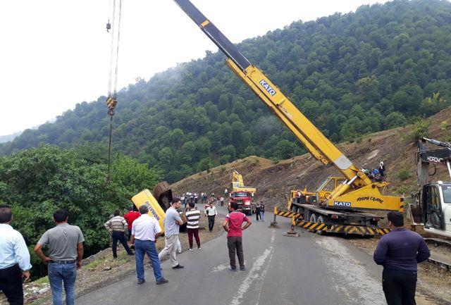سقوط دستگاه پژو پارس به رودخانه  3 مصدوم برجای گذاشت