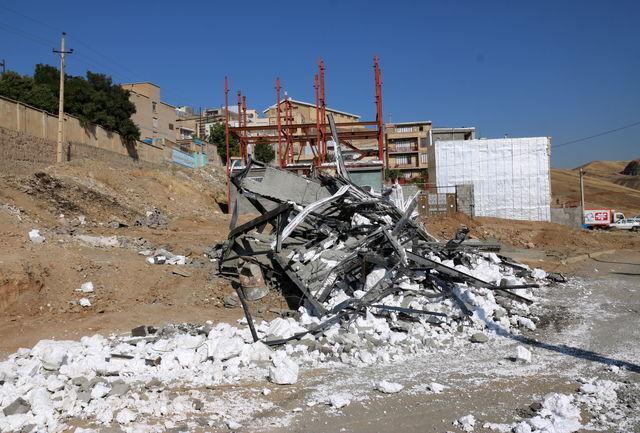 یک واحد غیرمجاز در سنندج تخریب شد