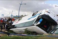 18 مصدوم در حادثه واژگونی اتوبوس در فارس
