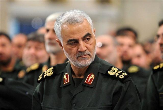 جاری شدن اشک های سردار سلیمانی در کنار رهبری با شنیدن یک نام/ ببینید