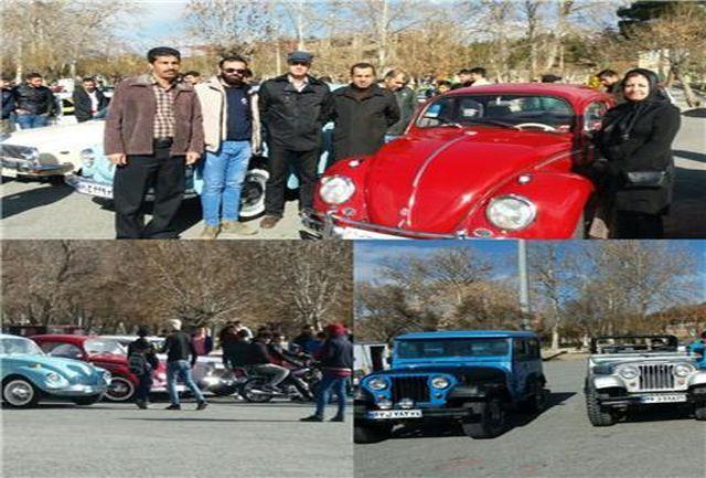 برگزاری همایش ماشینهای کلاسیک و موتور های زیر ۲۵۰ سی سی در شهرستان ملایر