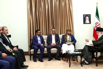 دیدار هیأتی از جنبش انصارالله یمن با رهبر انقلاب اسلامی
