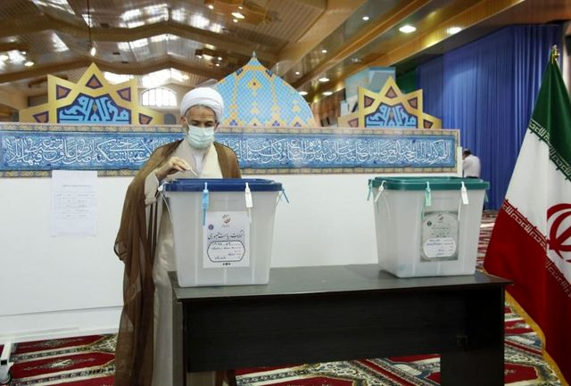 رای نماینده ولی فقیه در مازندران در صندوق
