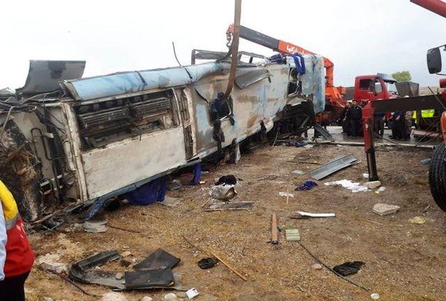 اطلاعات تکمیلی واژگونی اتوبوس در تبریز + تصاویر جدید از شدت سانحه