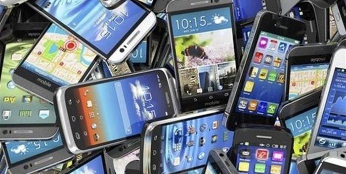 کشف 3 هزار دستگاه گوشی قاچاق