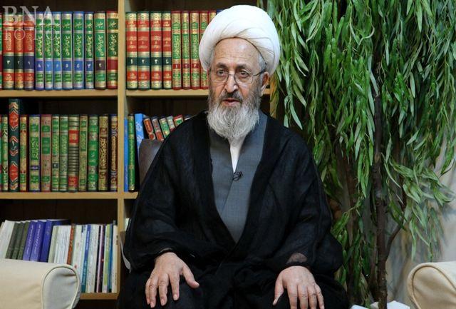 حضور دکتر روحانی برسانید فلانی دولت شما را تایید و تضعیف شما را حرام می داند/ نمی شود با این همه هجوم در فضای مجازی هیچ پلیسی در کنارش نباشد