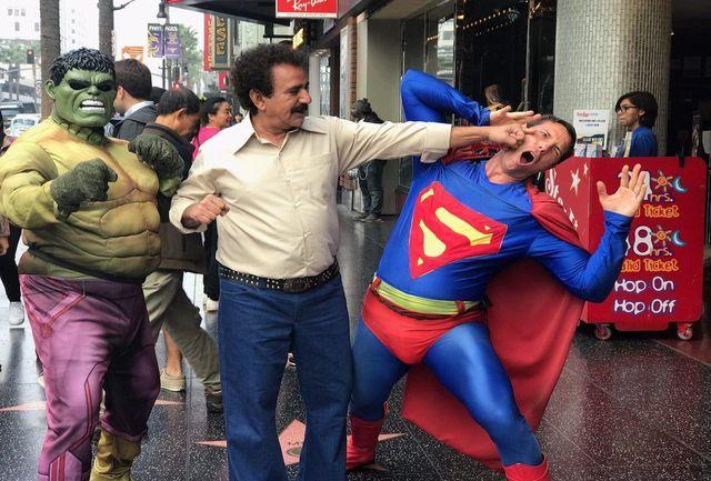 مُشت پرویز پرستویی بر صورت سوپرمن/ ببینید