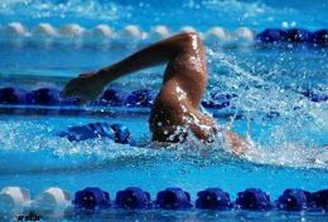 رقابت شناگران ایران و کویت به مناسبت ۲۲ بهمن