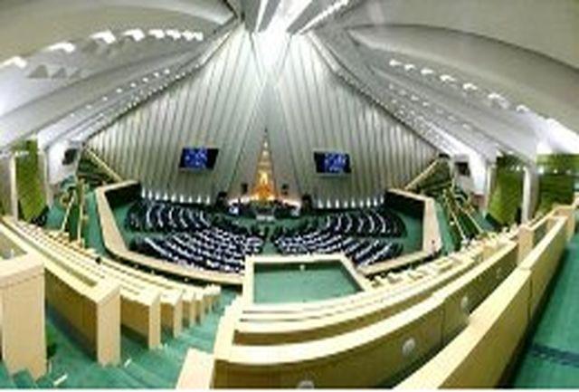 ابوترابی: نگاه دولت و مجلس جلوگیری از قاچاق سوخت و پاسداری از محیط زیست است