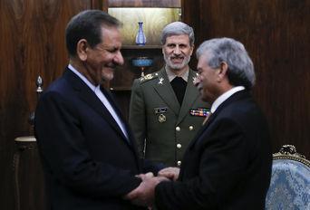 دیدار وزیر تولیدات دفاعی پاکستان با معاون اول رییس جمهور