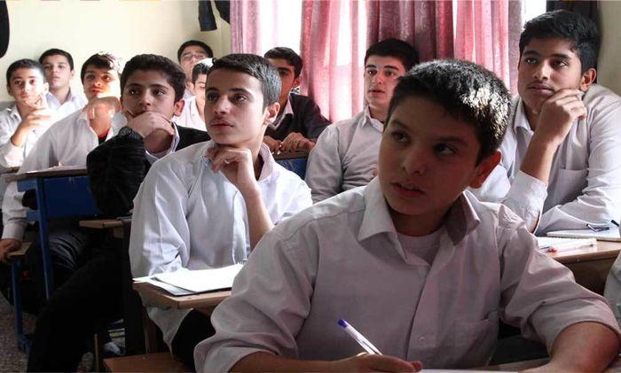 آموزش مهارتهای زندگی به 45 هزار نفر از دانش آموزان سمپادی