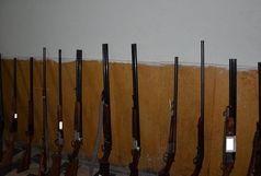 کشف 12 قبضه سلاح شکاری غیرمجاز در رودبار