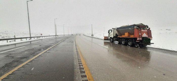 نجات ۱۱۷ روستای کرمان از محاصره برف و سیل