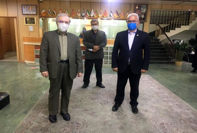 وزیر بهداشت از رعایت پروتکلهای بهداشتی در هتل جهانگردی ارومیه تقدیر کرد