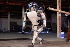 تولید رباتی که پشتک می زند