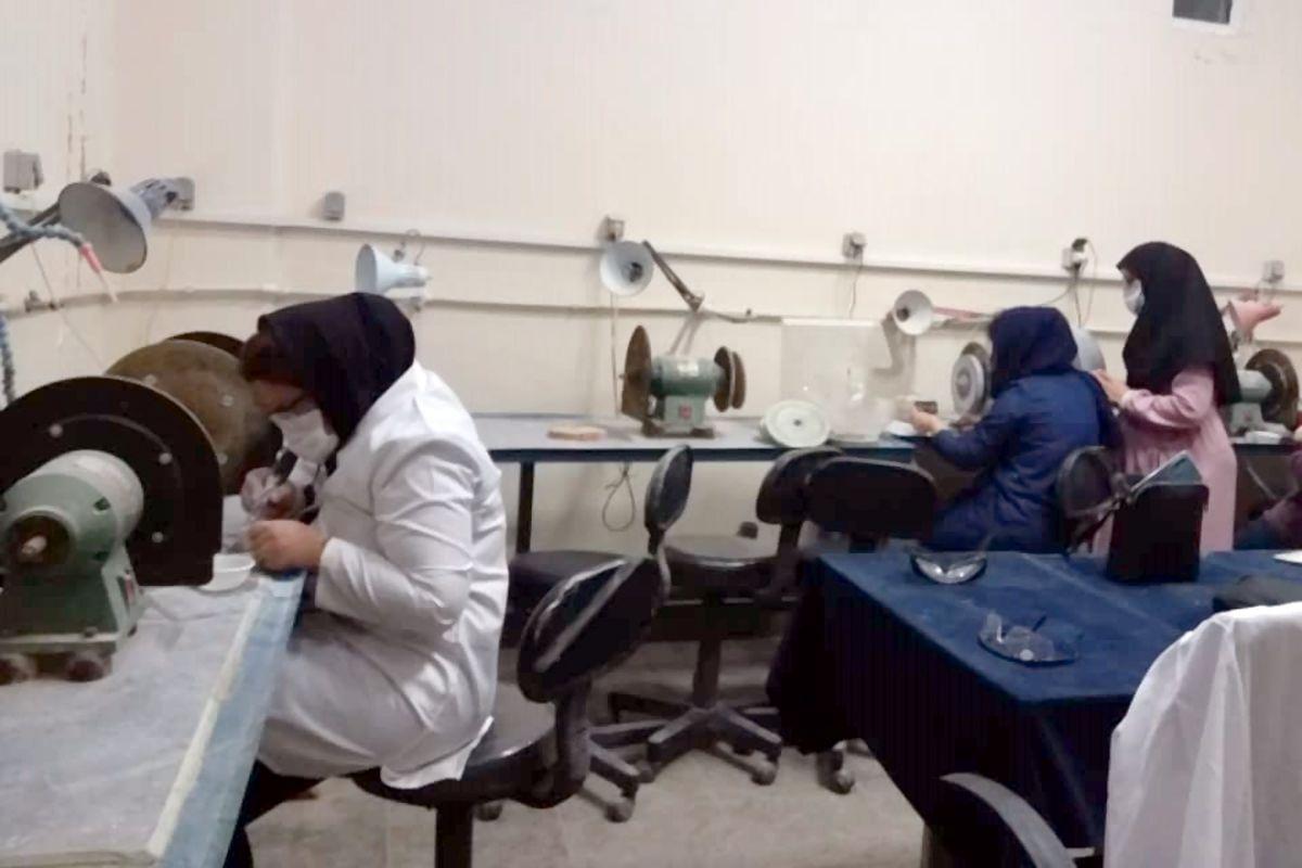 آموزش 408 نفر در صنایع دستی هرمزگان