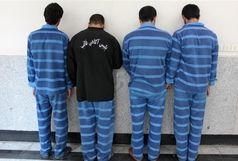 خودکشی رییس باند تبهکاران در زمان دستگیری