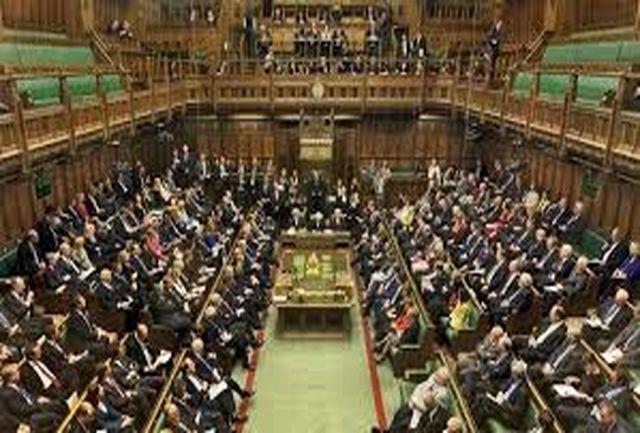 دولت انگلیس توقف فروش سلاح به عربستان را رد کرد
