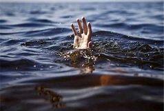 جوان قمی در رودخانه قلعه چم غرق شد/ببینید