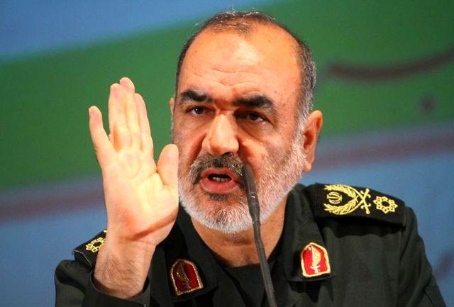 دشمن از توانمندیهای موشکی ایران میهراسد/ همه راهها به روی دشمن بسته است