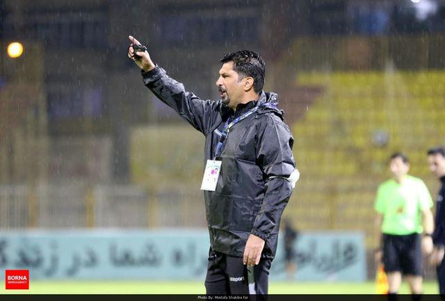 حسینی: برخی تیم ها می خواهند با راههای غیرفوتبالی نتیجه بگیرند/ در ایران به فوتبالیست ها تقلب یاد می دهند