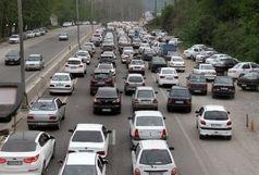 ترافیک نیمه سنگین در آزادراه کرج - تهران/محورهای شمالی فاقد هرگونه مداخلات جوی