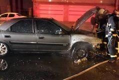 آتش سوزی خودرو در رشت