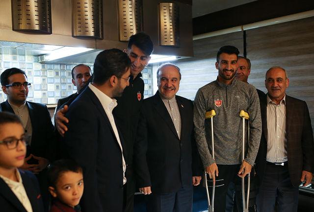 بازدید وزیر ورزش و جوانان از اردوی پرسپولیس/ ببینید