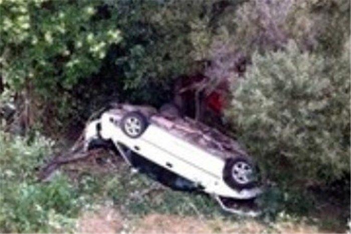 سقوط خودرو به داخل دره یک کشته بر جای گذاشت